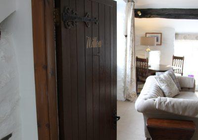 willow jpg door